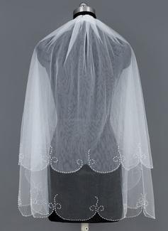 Kaksitasoinen Kyynärpää huntu jossa Helmillä koristeltu reuna (006035502)