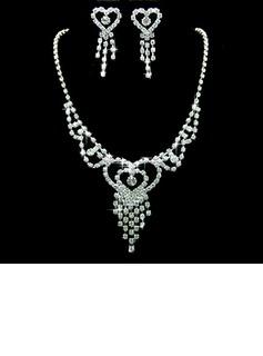 Gorgeous Legering/Strass Kvinnor Smycken Sets (011027759)