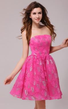 Forme Princesse Sans bretelle Courte/Mini Dentelle Robe de cocktail (016013980)