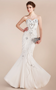 Trumpet/Mermaid Sweetheart Floor-Length Chiffon Prom Dress With Beading (018018910)