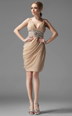 Sheath/Column V-neck Knee-Length Chiffon Cocktail Dress With Ruffle Beading (016002945)