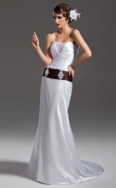 Forme Sirène/Trompette Sans bretelle Traîne moyenne Charmeuse Robe de mariée avec Plissé Ceintures Emperler (002011502)