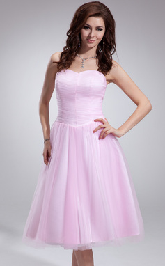 A-Line/Princess Sweetheart Tea-Length Tulle Bridesmaid Dress With Ruffle (007051871)