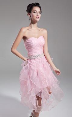 Vestidos princesa/ Formato A Coração Comprimento médio Organza de Vestido de cocktail com Bordado Lantejoulas Babados em cascata (016015121)