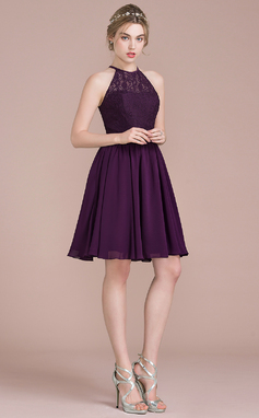 A-Line/Princess Scoop Neck Knee-Length Chiffon Lace Bridesmaid Dress (007104744)