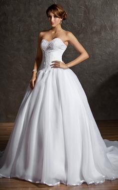 Corte de baile Escote corazón Cola capilla Satén Organdí Vestido de novia con Encaje Bordado (002011600)