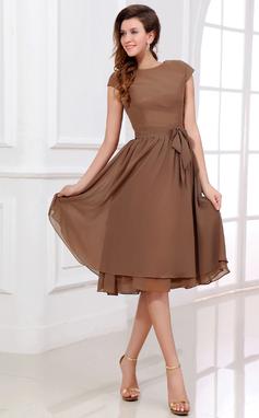 Vestidos princesa/ Formato A Decote redondo Coquetel De chiffon Vestido de madrinha com Curvado (007017303)
