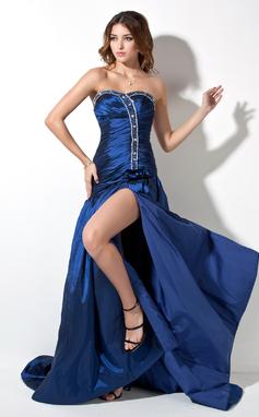 A-linjainen/Prinsessa Kultaseni Hovilaahus Tafti Tanssiaismekot jossa Rypytys Helmikoristelu Halkio edessä (018002492)