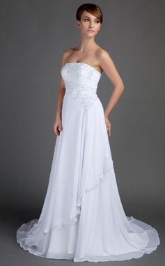 A-Line/Princess Strapless Court Train Chiffon Wedding Dress With Beading Appliques Lace (002012572)