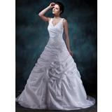 Трапеция/Принцесса V-образный Церемониальный шлейф Тафта Свадебные Платье с Рябь Бисер аппликации кружева (002001588)