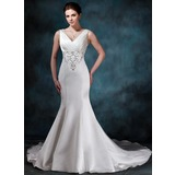 Trompete/Sereia Decote V Cauda longa Cetim Vestido de noiva com Bordados Pregueado Bordado (002000047)