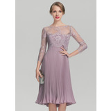 A-Line/Princess Sweetheart Knee-Length Chiffon Mother of the Bride Dress With Pleated (008131961)