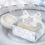 Snowflake Soaps With Ribbons (051053272)