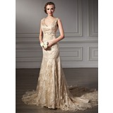 Trumpet/Mermaid V-neck Chapel Train Lace Wedding Dress With Beading (002000116)