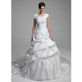 Платье для Балла Круглый Собор поезд Атлас Свадебные Платье с кружева Бисер блестками Бант(ы) (002012761)