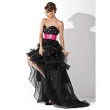 Vestidos princesa/ Formato A Amada Assimétrico Organza de Vestido de baile com Cintos Beading Babados em cascata (018021095)