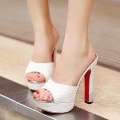Женщины кожа Устойчивый каблук Сандалии с Имитация Перл Мерцающая отделка обувь (087115581)