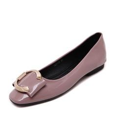 Женщины PU Плоский каблук На плокой подошве Закрытый мыс с пряжка обувь (086139681)