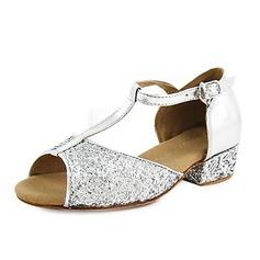 Niños Cuero Brillo Chispeante Tacones Sandalias Planos Danza latina con Tira T Zapatos de danza (053013437)