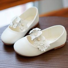 девичий Закрытый мыс Кожа из микроволокна Плоский каблук На плокой подошве Обувь для девочек с Цветок (207095477)