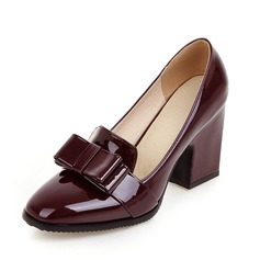 Vrouwen Patent Leather Chunky Heel Pumps Closed Toe schoenen (085092736)