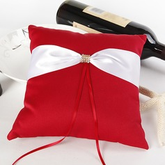 Ring Pillow in Satin With Sash (103018285)