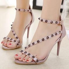 Mulheres Couro Salto agulha Peep toe Sandálias Beach Wedding Shoes com Rivet (047123629)