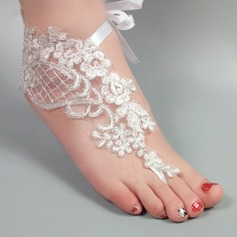 Kvinder Blonder Kigge Tå sandaler Beach Wedding Shoes med Syning Blonde Blomst Applikation (047123804)