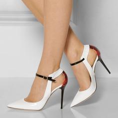 Женщины Лакированная кожа Высокий тонкий каблук Сандалии На каблуках Закрытый мыс с пряжка В дырочку обувь (087124927)