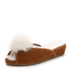 Женщины Замша Вид каблука Танкетка Открытый мыс Босоножки с мех обувь (086154821)