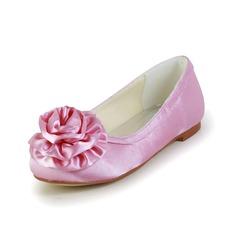 Kinder Satin Flascher Absatz Geschlossene Zehe Flache Schuhe mit Satin Schleife (047031810)
