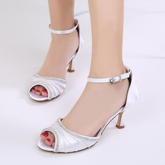 Женщины шелка как атласное Высокий тонкий каблук Открытый мыс На каблуках Сандалии с пряжка горный хрусталь Рябь Цепь (047133560)