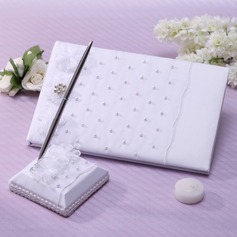 Classic Faux Pearl/Rhinestones Guestbook & Pen Set (101037362)