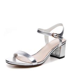 Mulheres Couro verdadeiro Salto robusto Sandálias Beach Wedding Shoes com Fivela (047125438)