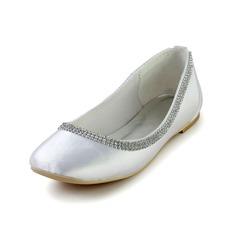 Vrouwen zijde als satijn Flat Heel Closed Toe Flats met Strass (047028559)