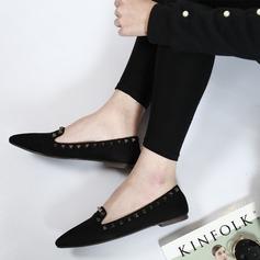 Женщины Замша Низкий каблук На плокой подошве Закрытый мыс с заклепки обувь (086142476)