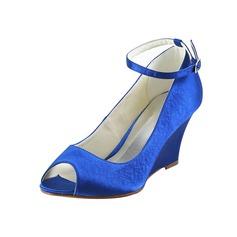 Vrouwen Satijn Wedge Heel Peep Toe met Buckle (047034341)