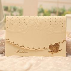 Classic Style Tri-Fold Invitationskort (Sæt af 50) (114091445)