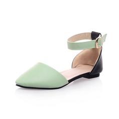 Konstläder Flat Heel Platta Skor / Fritidsskor Stängt Toe med Spänne skor (086050475)