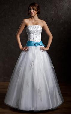 Tanssiaismekot Olkaimeton Lattiaa hipova pituus Tylli Quinceanera mekko jossa Satiininauhavöitä Helmikuvoinnit Applikaatiot Pitsi Rusetti (021002291)