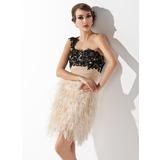 Vestido tubo Un hombro Corto/Mini Pluma Baile de promoción con Volantes Cuentas Lentejuelas (016008351)